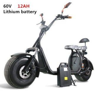 Dos asientos con aplicación fuera de carretera gran neumático motocicleta dos ruedas...