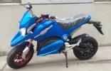 Dos Ruedas motocicleta eléctrica coche deportivo de doble cilindros refrigerado por agua pesado locomotora