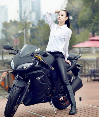 Eléctrica horizonte S Modelo de coche deportivo adulto motocicleta eléctrica