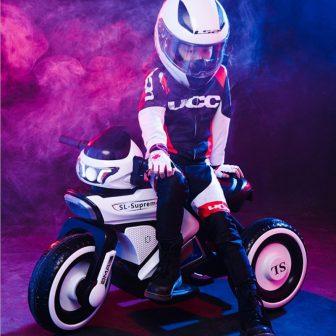 Los niños eléctrico del triciclo de la motocicleta de 3-6-8 años viejo...