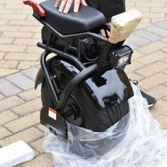 Scooter de motocicleta eléctrica de monociclo de equilibrio inteligente de una rueda...